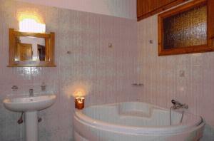 Ένα μπάνιο στο Μορφέας
