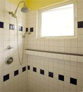 A bathroom at Ka'awa Loa Plantation