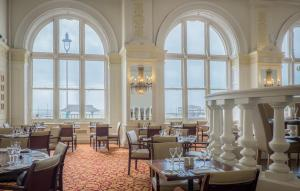 A restaurant or other place to eat at Hilton Brighton Metropole