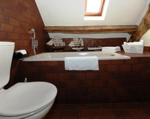 Ein Badezimmer in der Unterkunft Landgasthof Em Lade