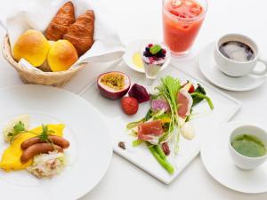 Breakfast options available to guests at Hotel Hamahigashima Resort