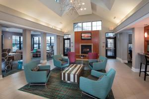 The lounge or bar area at Residence Inn Dover