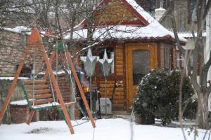 Guest House Viktoria during the winter
