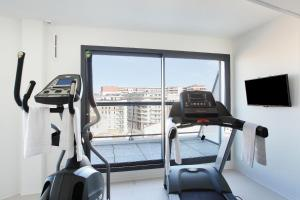 The fitness centre and/or fitness facilities at Odalys City Marseille Prado Castellane