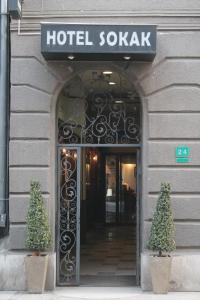 The facade or entrance of Hotel Sokak