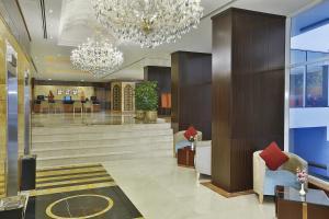 Lobby/Rezeption in der Unterkunft Gateway Hotel