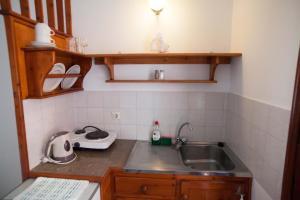 Η κουζίνα ή μικρή κουζίνα στο Ξενοδοχείο Νεφέλη