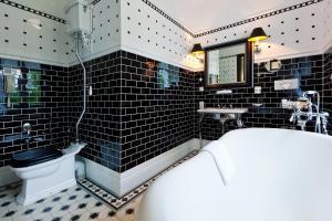 Ванная комната в Шлосс Отель Янтарный