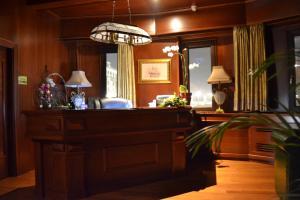 The lobby or reception area at Hotel Senigallia