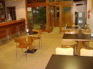 The lounge or bar area at Hotel O´xardin