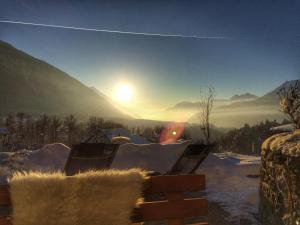 De zonsopgang of zonsondergang vanuit the country house