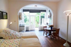 Een zitgedeelte bij Bed & Breakfast Walenburg