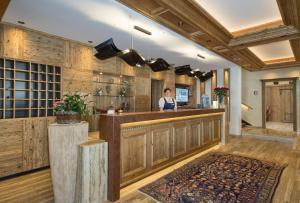 Lobby/Rezeption in der Unterkunft Parkhotel Seefeld