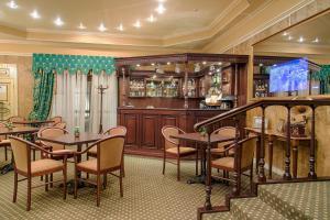 Лаундж или бар в Марко Поло Пресня Отель
