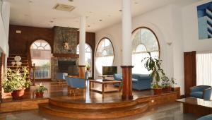 El lobby o recepción de Hotel Reviens