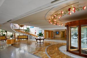 Hall o reception di Grand Hotel Flora