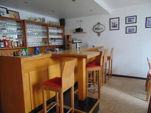 De lounge of bar bij Gasthaus Rebstock