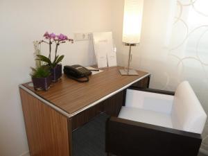 A bathroom at Panorama Hotel Schweinfurt