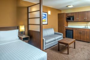 A seating area at Microtel Inn & Suites by Wyndham Red Deer