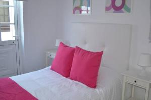 A bed or beds in a room at Apartment Elena