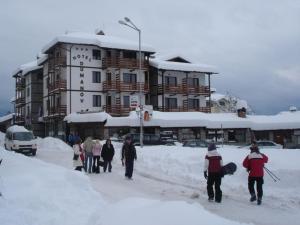 Хотел Думанов през зимата