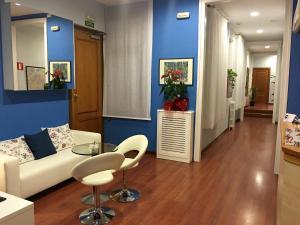 The lobby or reception area at Hotel Pelayo