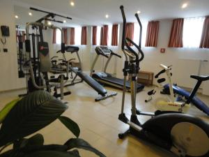 The fitness centre and/or fitness facilities at Grand Hotel Dream Main City Center