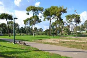 Ein Garten an der Unterkunft HI - Bnei Dan - Tel Aviv Hostel