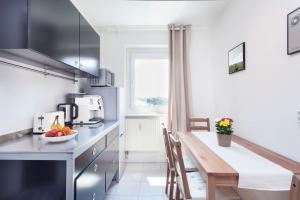 Küche/Küchenzeile in der Unterkunft GreatStay Apartment - Stralauer Allee