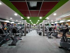 The fitness center and/or fitness facilities at Hotel Alex Caracas