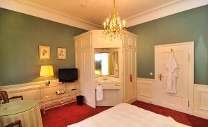 Ein Badezimmer in der Unterkunft Hotel Bürger Palais