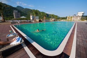 The swimming pool at or near Evergreen Resort Hotel - Jiaosi