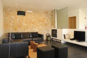 A seating area at Casa Baxri