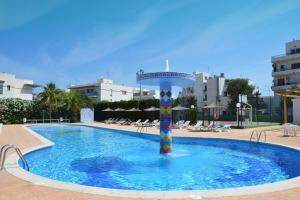 The swimming pool at or near Aparthotel Club La Sirena