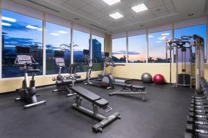 The fitness centre and/or fitness facilities at Courtyard by Marriott Kingston, Jamaica