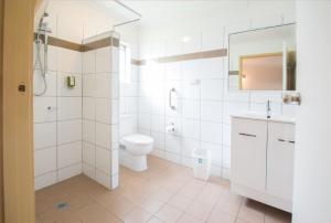 A bathroom at A & A Motel