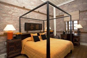 Ein Bett oder Betten in einem Zimmer der Unterkunft Divan Cukurhan