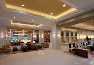 The lobby or reception area at Cinnamon Lakeside