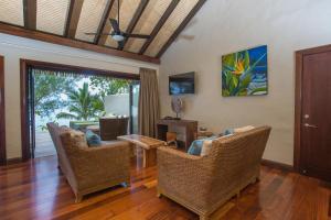 A seating area at Nautilus Resort