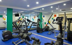 The fitness center and/or fitness facilities at Park Inn by Radisson Baku Hotel