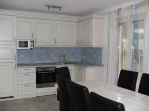 Küche/Küchenzeile in der Unterkunft Villa Bodenseeblick