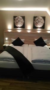 Кровать или кровати в номере Hotel Lindenhof