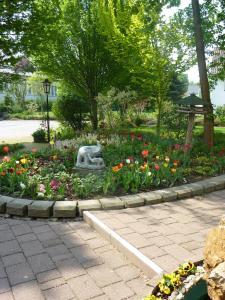 Сад в Hotel Lindenhof