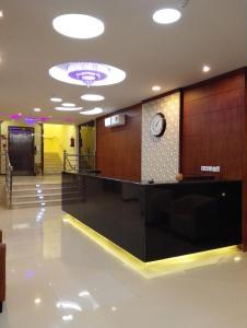 O saguão ou recepção de Rahat Alokhdood Apartments