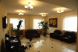 El vestíbulo o zona de recepción de Voyage Hotel