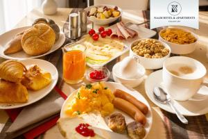 Breakfast options available to guests at Naam Hotel & Apartment Frankfurt City-Messe Airport