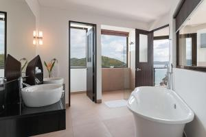 A bathroom at Busuanga Bay Lodge