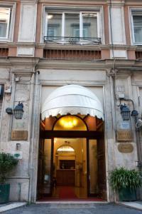 The facade or entrance of Hotel Rimini