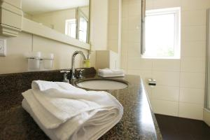 حمام في فندق مطعم فالدكافى