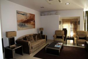 A seating area at Hotel Katia